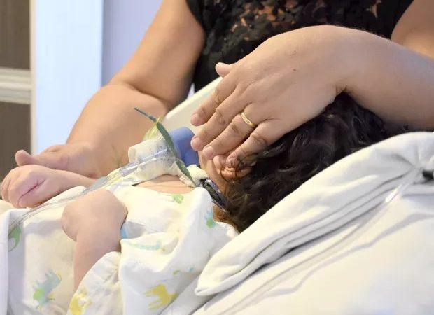 Criança com paralisia cerebral é adotada em MS